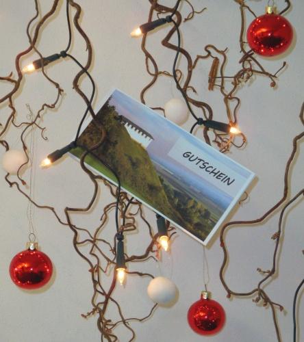 noch kein passendes weihnachtsgeschenk keltenmuseum. Black Bedroom Furniture Sets. Home Design Ideas
